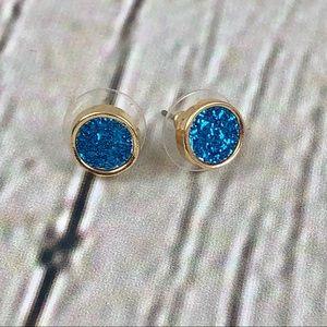 Jewelry - Gold Tone Fashion Stud Earrings